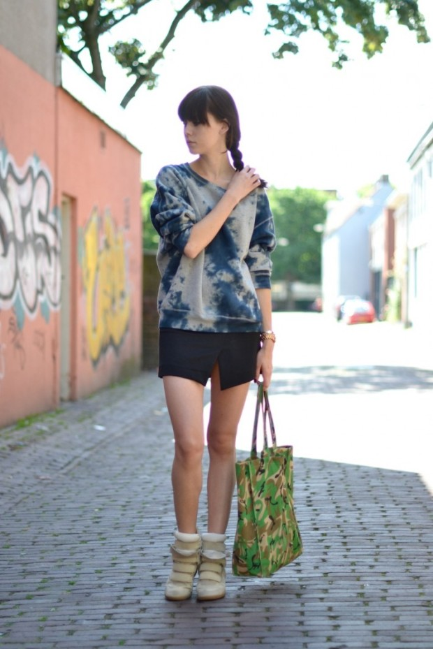 outfit-camouflage-print-tie-dye-trend-710x1065