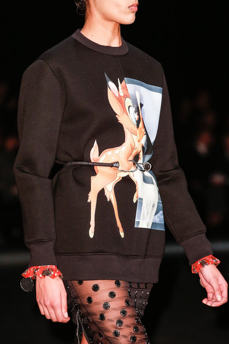 Le sweat Bambi de Givenchy