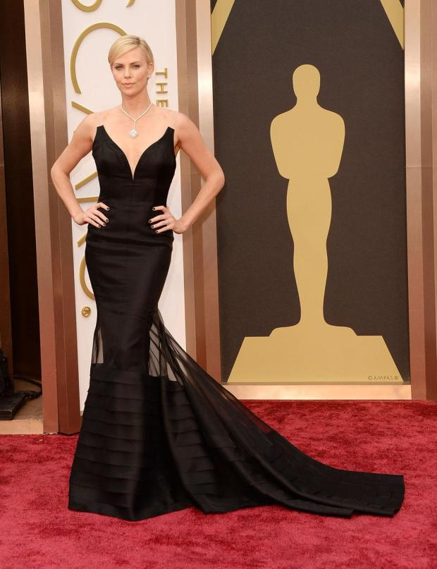 Charlize Theron, en Dior